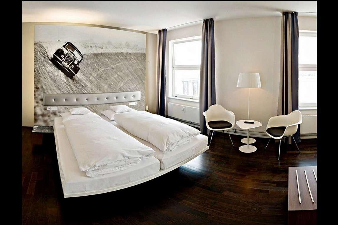 Meilenwerk V8 Hotel sierpien 2010