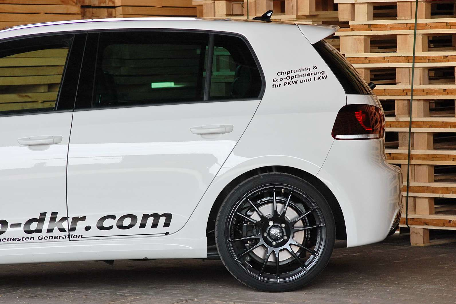VW Golf R Mcchip-dkr sierpien 2010