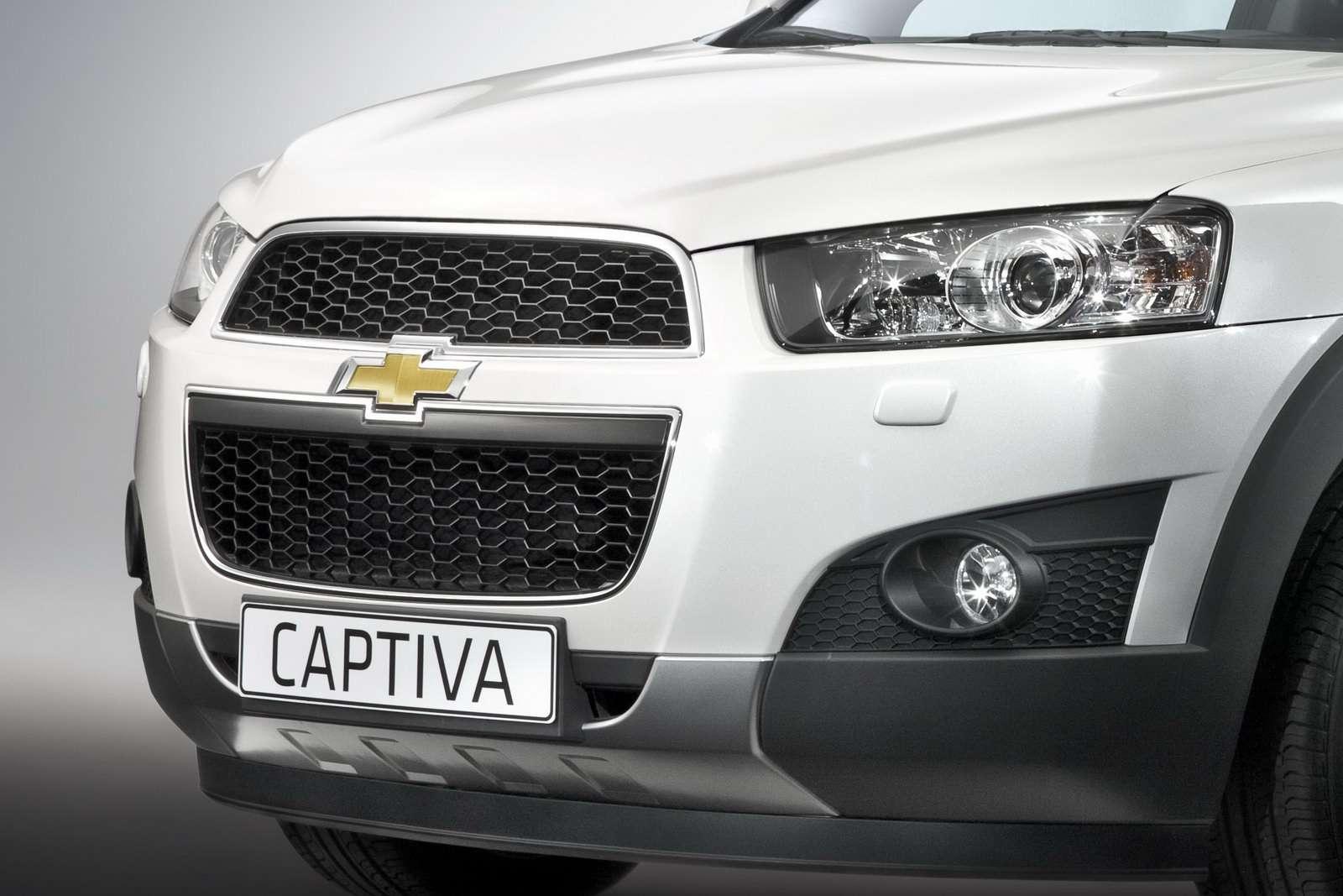 Chevrolet Captiva 2011 przed paris wrzesien 2010