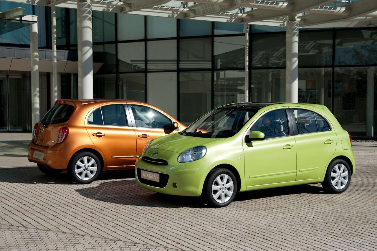 Sedan i minivan oparte na modelu Micra wrzesien 2010