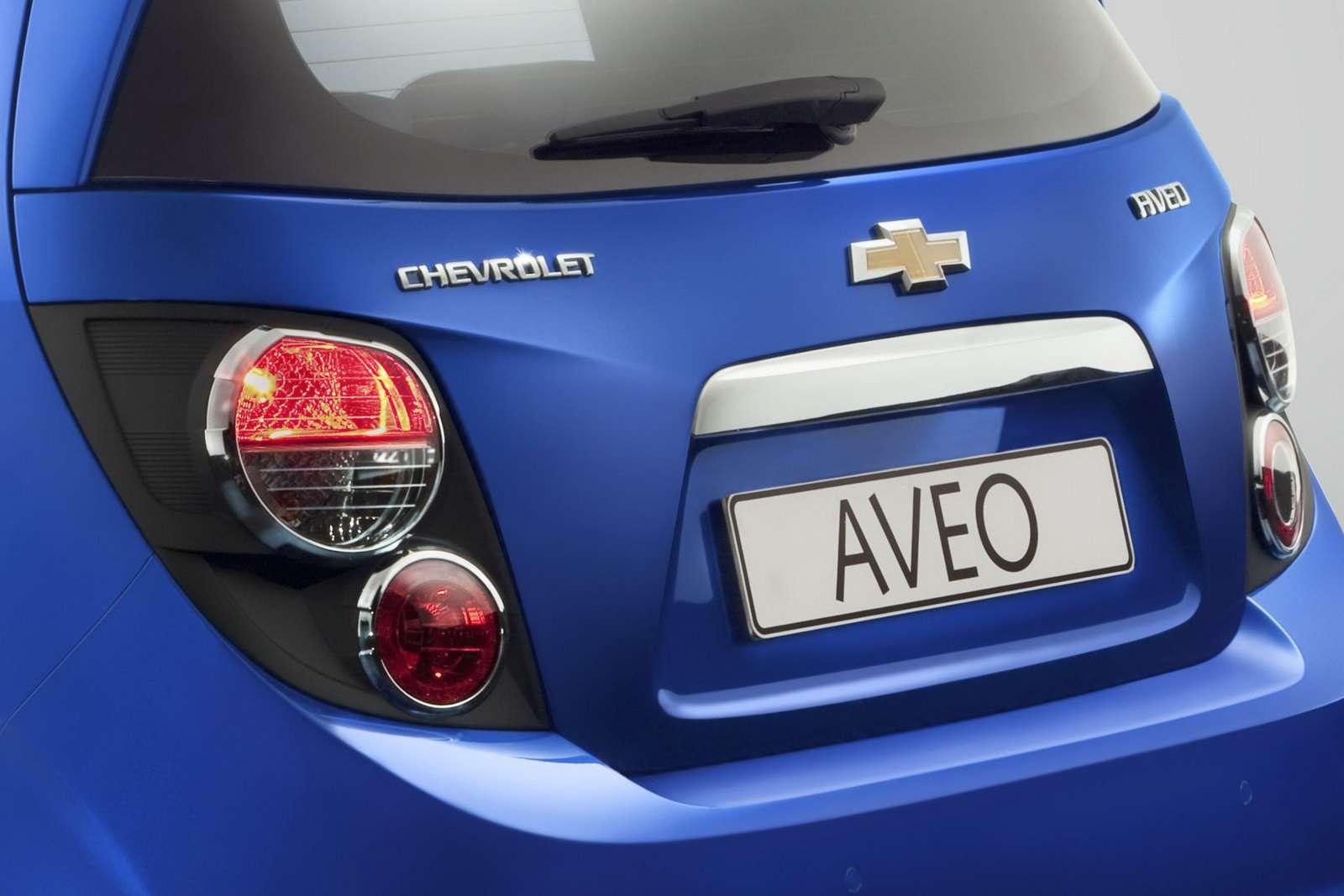 Nowy Chevrolet Aveo przed fr wrzesien 2010