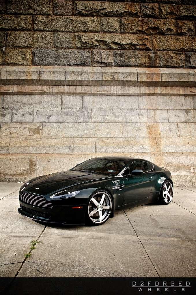 Aston Martin V8 Vantage D2Forged wrzesien 2010