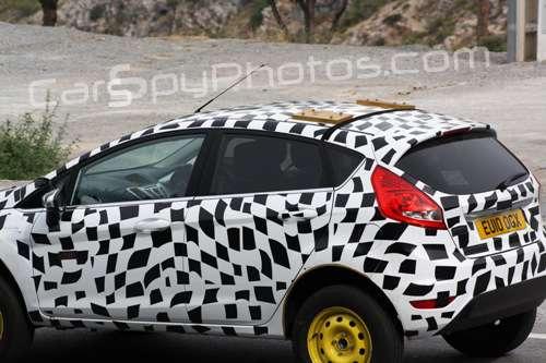 Ford Fiesta SUV wrzesien 2010