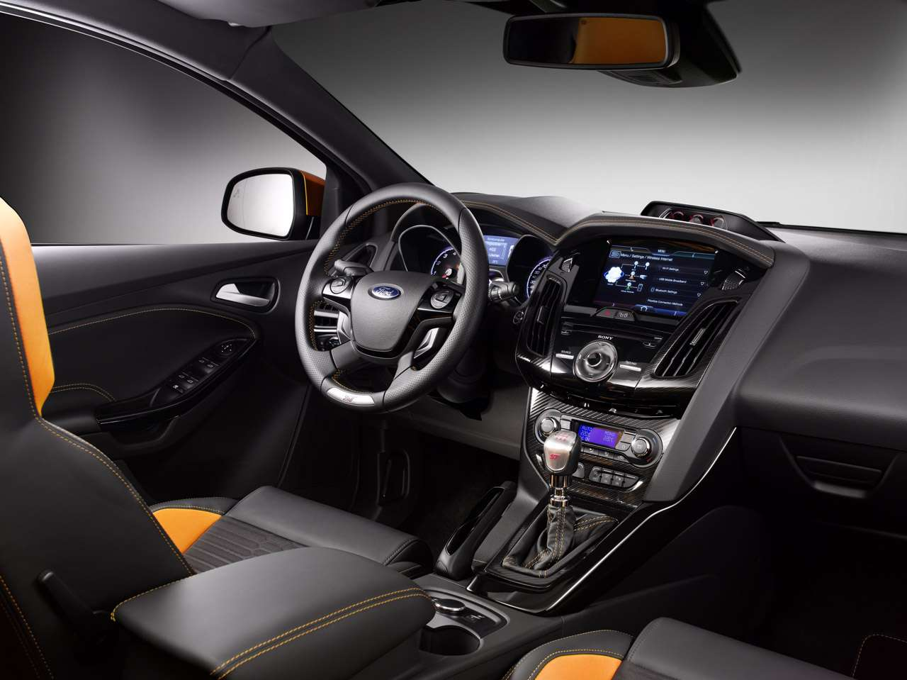 Ford Focus ST 2012 autoblog wrzesien 2010