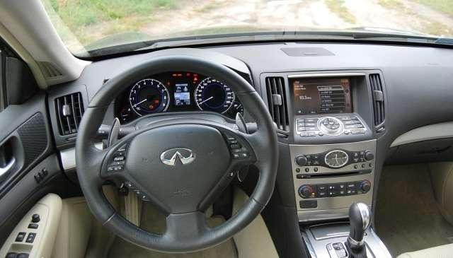 Infiniti G37x test wrzesien 2010