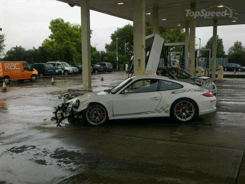 Porsche GT3 RS crash id bp wrzesien 2010