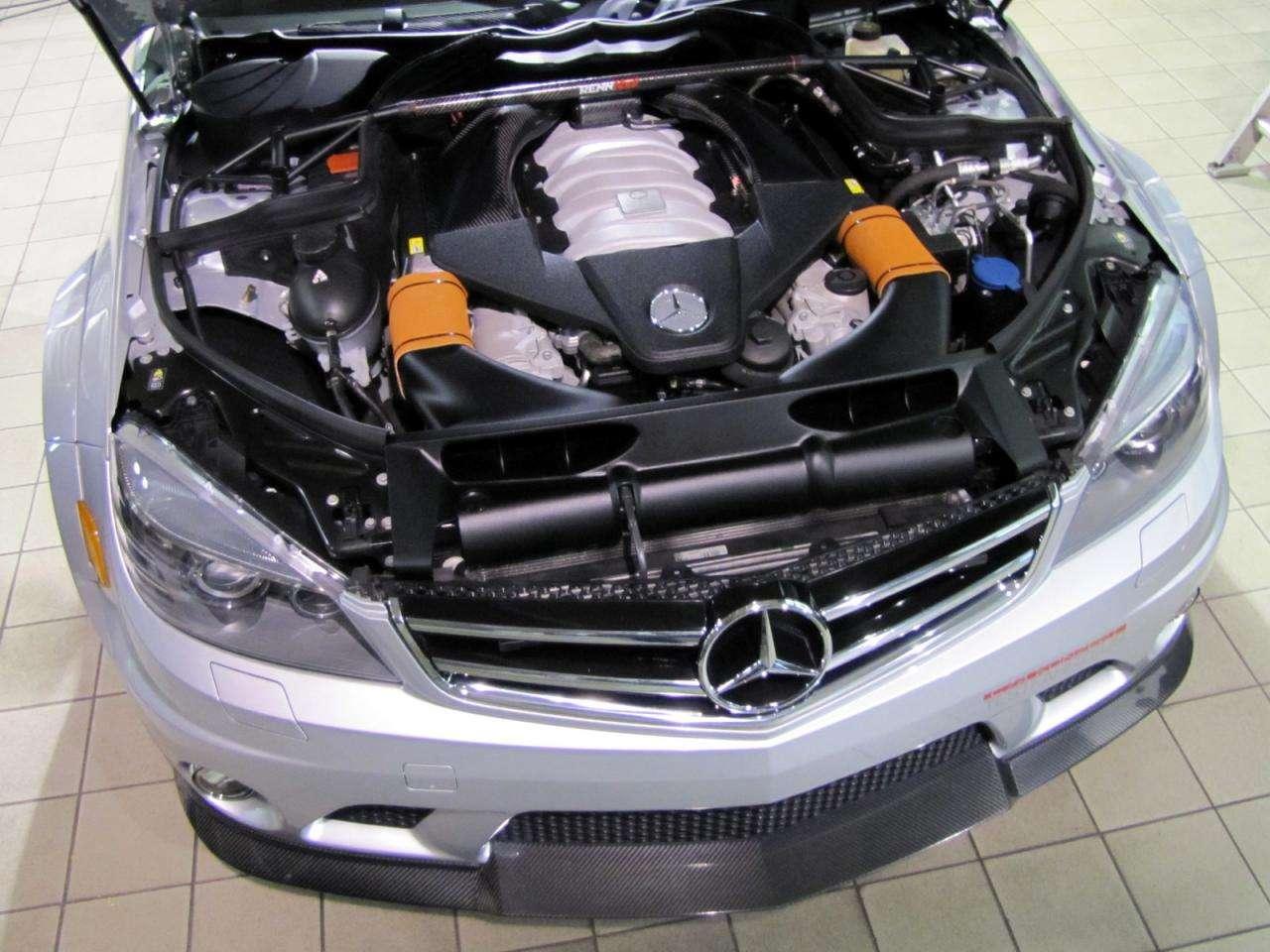 Mercedes C63 AMG Renntech Akrapovic listopad 2010