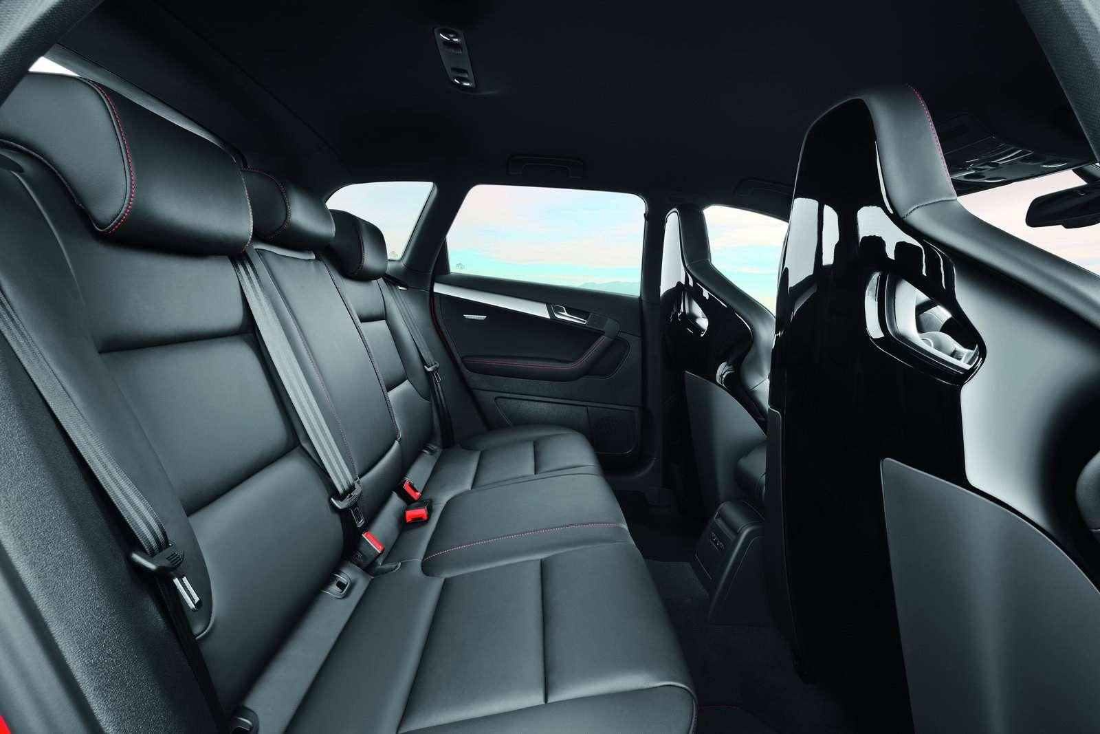 Audi RS3 wchodzi do produkcji oficjalnie listopad 2010