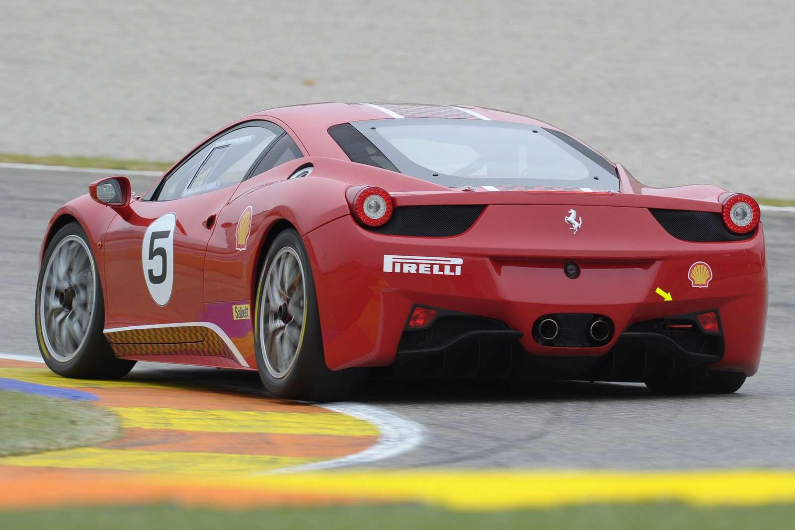Ferrari 458 Challenge bologna grudzien 2010