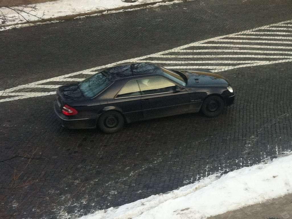 Niecodzienna hybryda Mercedesa e styczen 2011