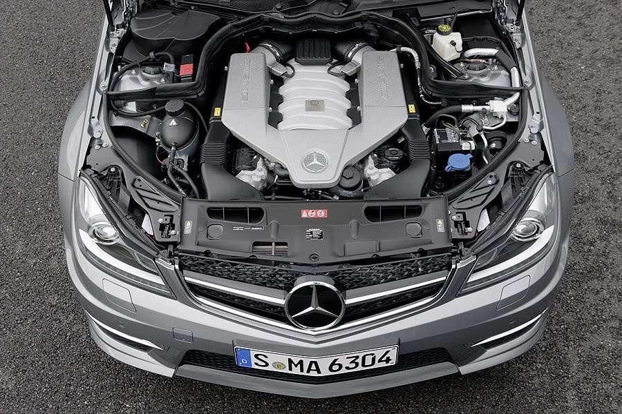 2012 Mercedes-Benz C63 AMG Sedan and Estate styczen 2011