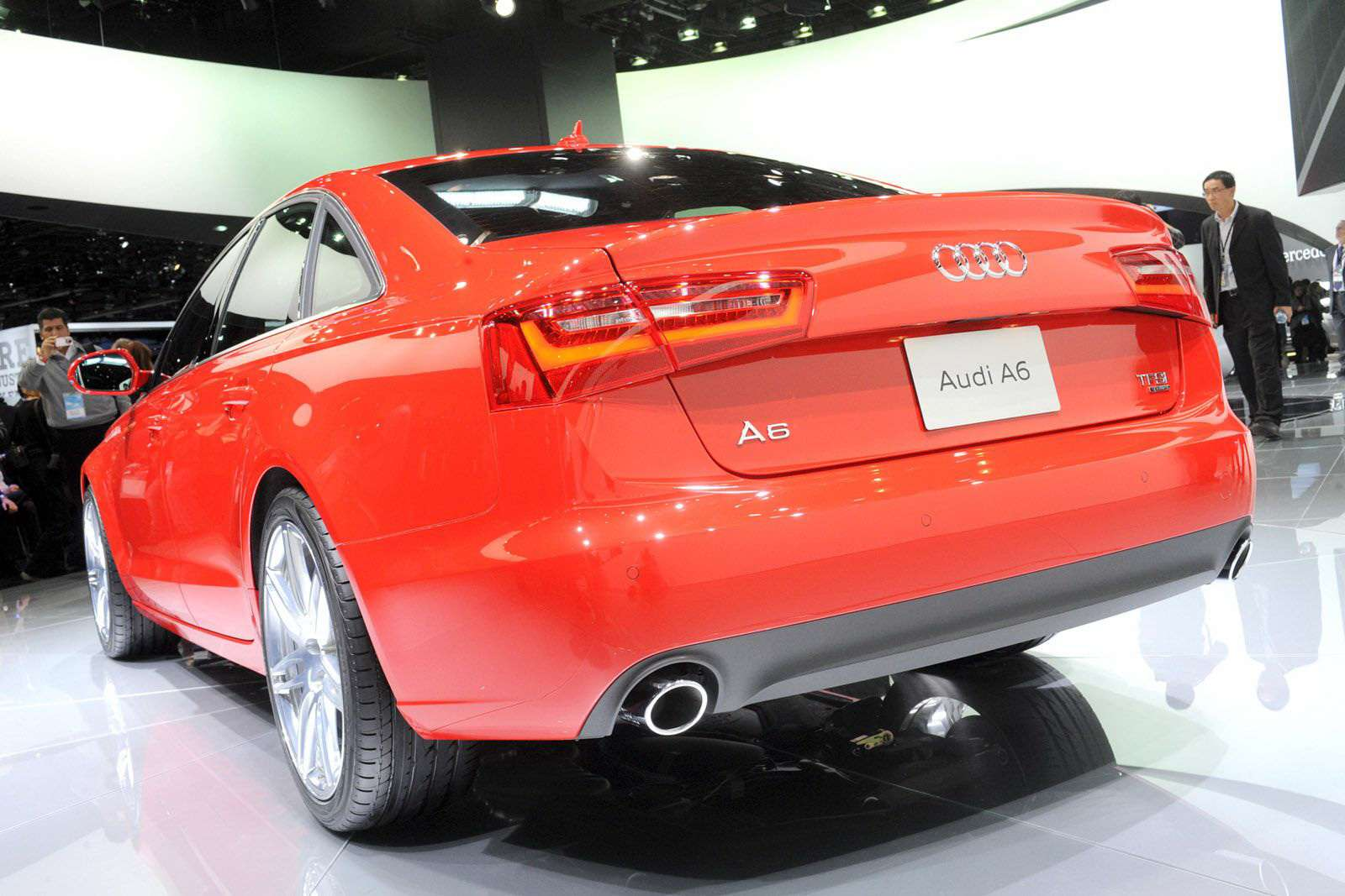 Audi A6 2012 Sedan Detroit styczen 2011