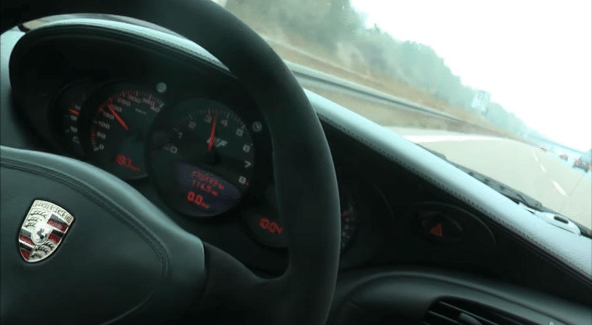 Porsche RUF 996 GT2 na autostradzie