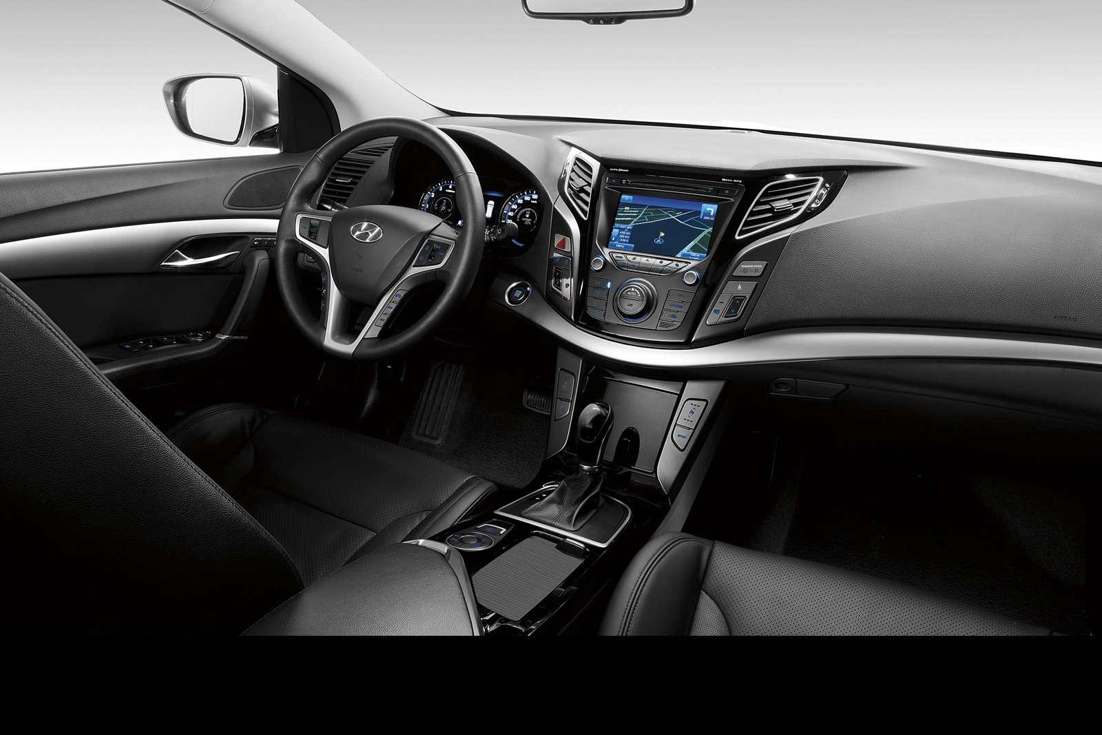 Nowy Hyundai i40 fot luty 2011