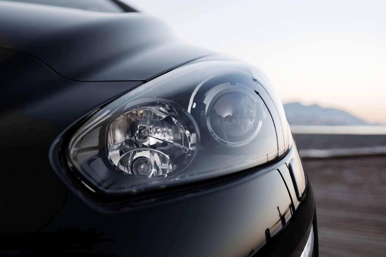 Peugeot 308 facelift luty 2011