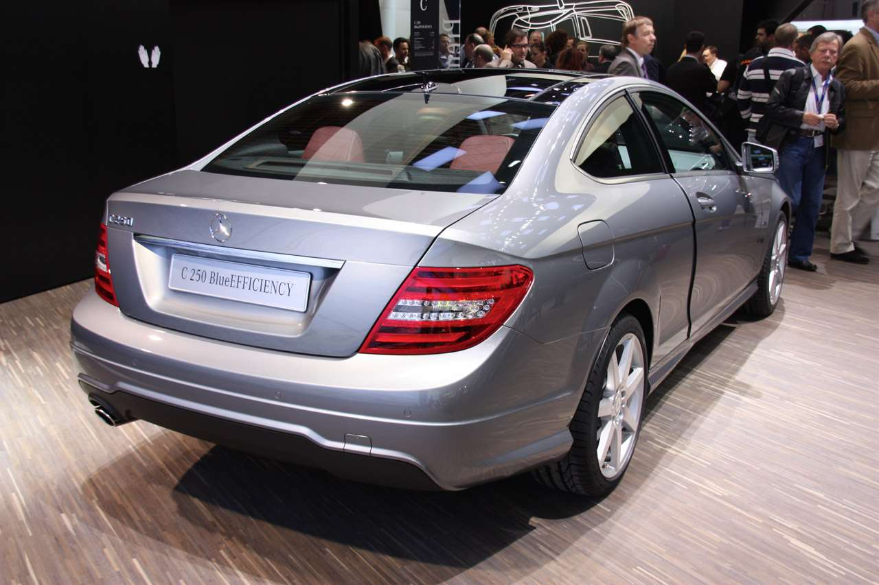 Mercedes C-klasa coupe genewa marzec 2011