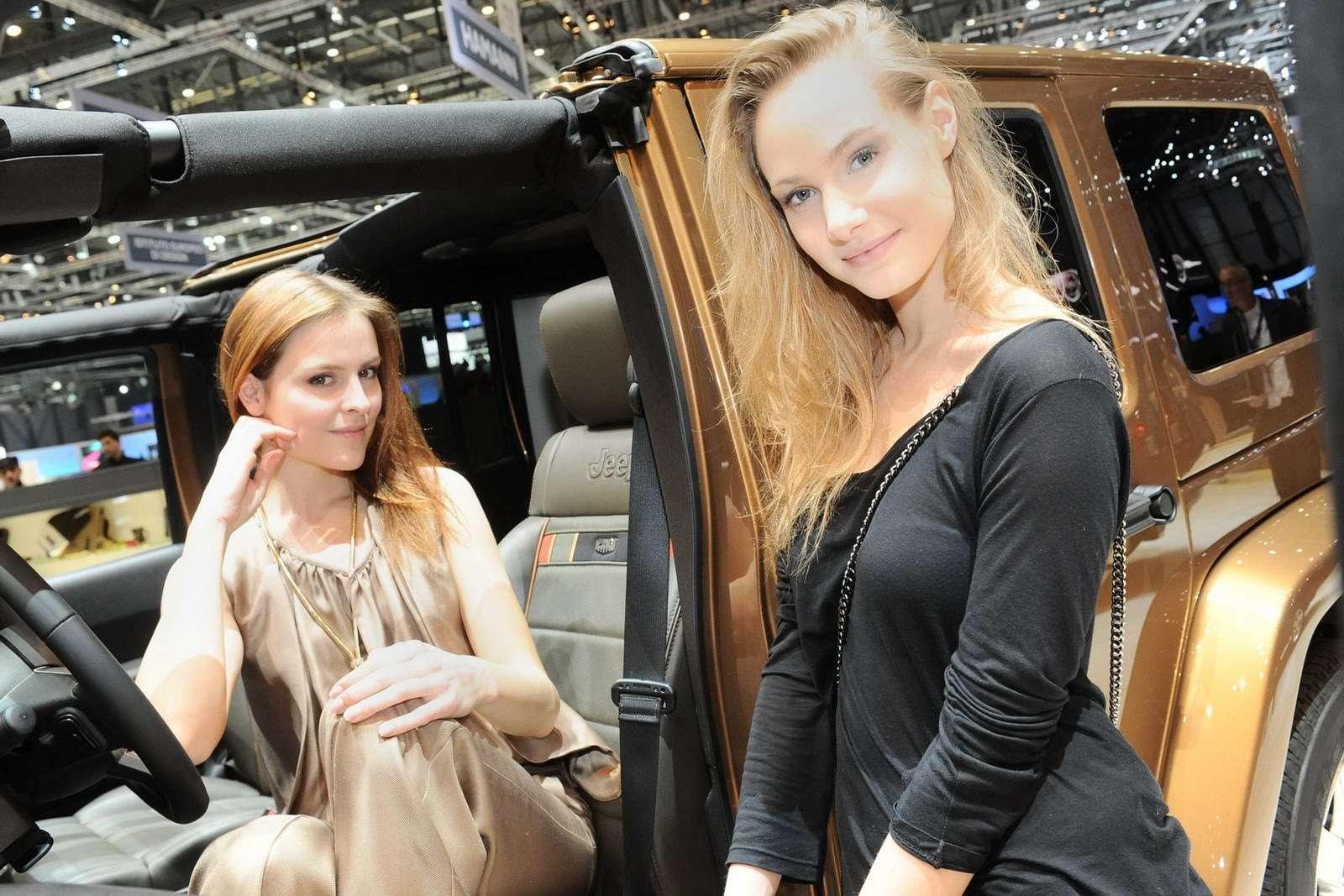 Genewa 2011 hostessy marzec 2011