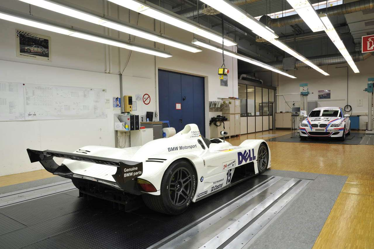 Muzeum BMW M Kwiecien 2011