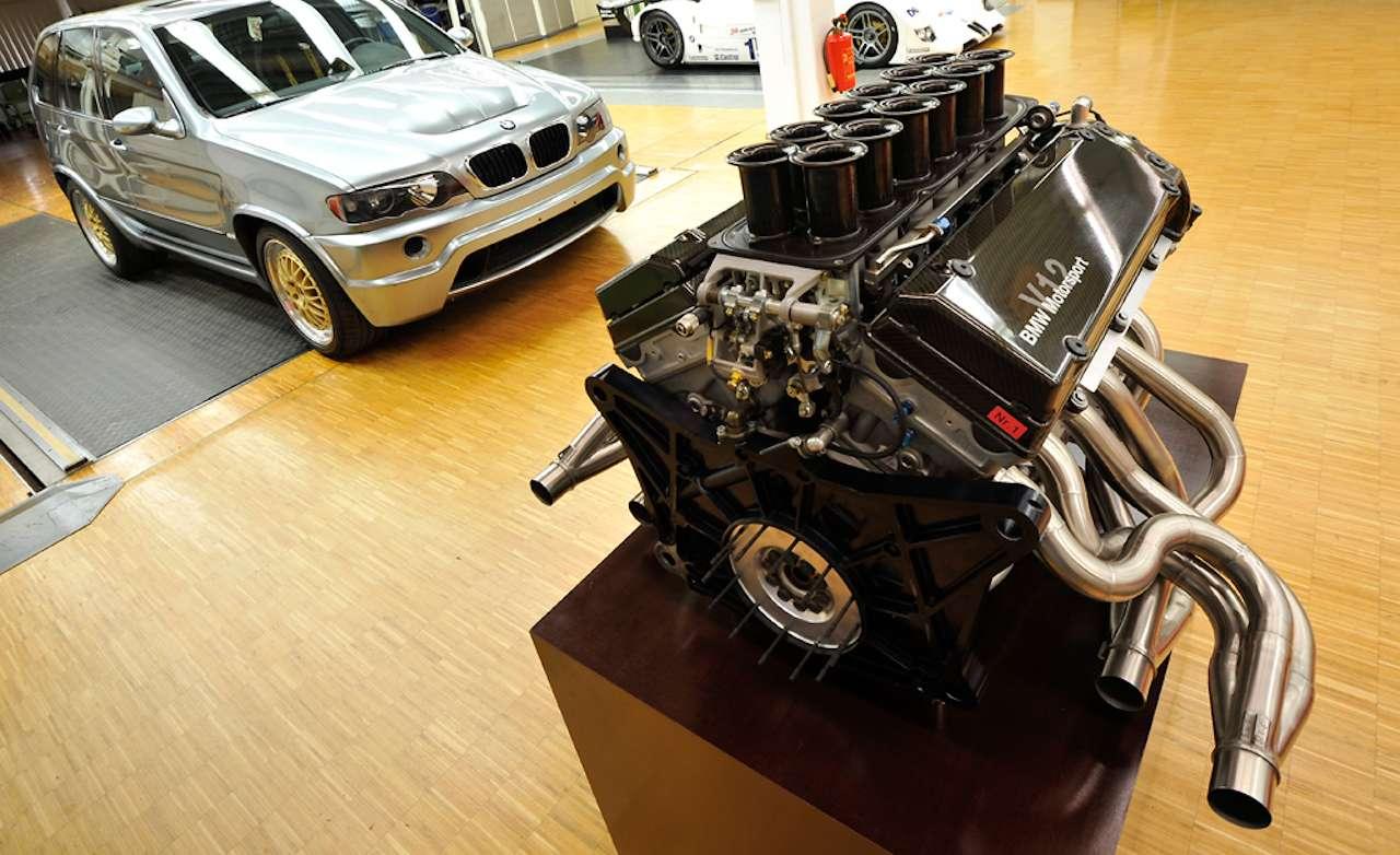 BMW X5 Le Mans V-12 engine