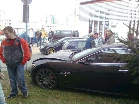 Wypadek Maserati kwiecien 2011