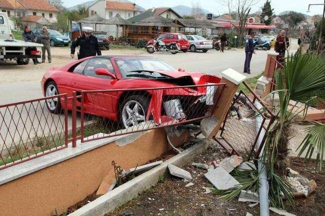 Ferrari 355 GTS Chorwacja crash kwiecien 2011