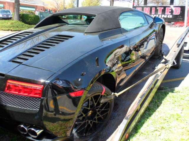 Lamborghini Gallardo rozbite podczas ulicznej imprezy kwicien 2011