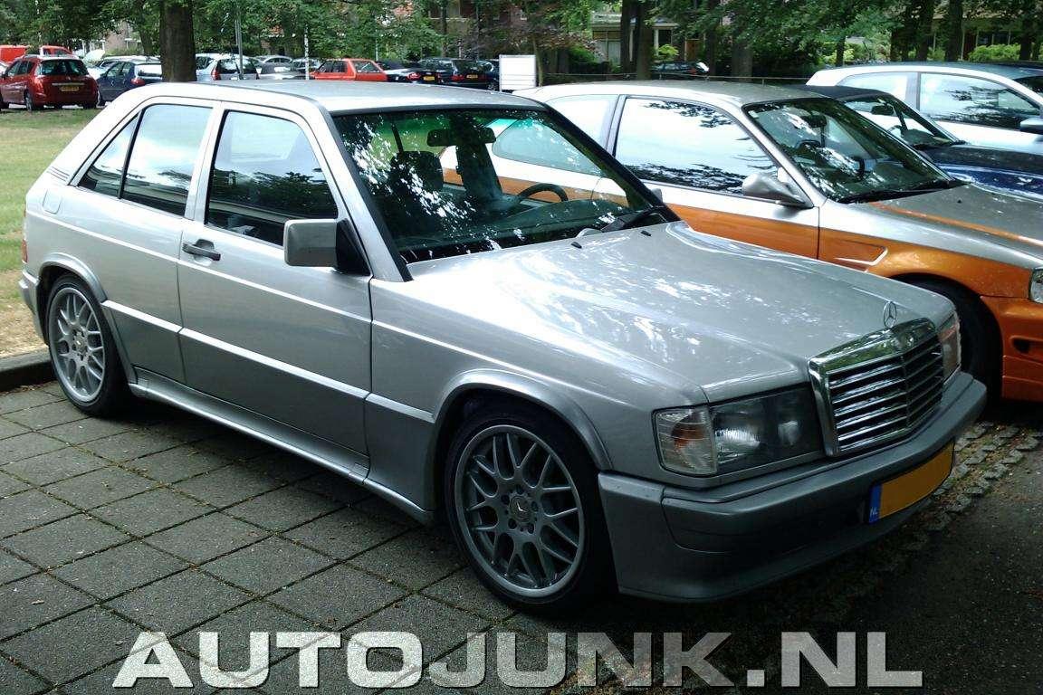 Mercedes 190 przerobiony na... hatchback'a
