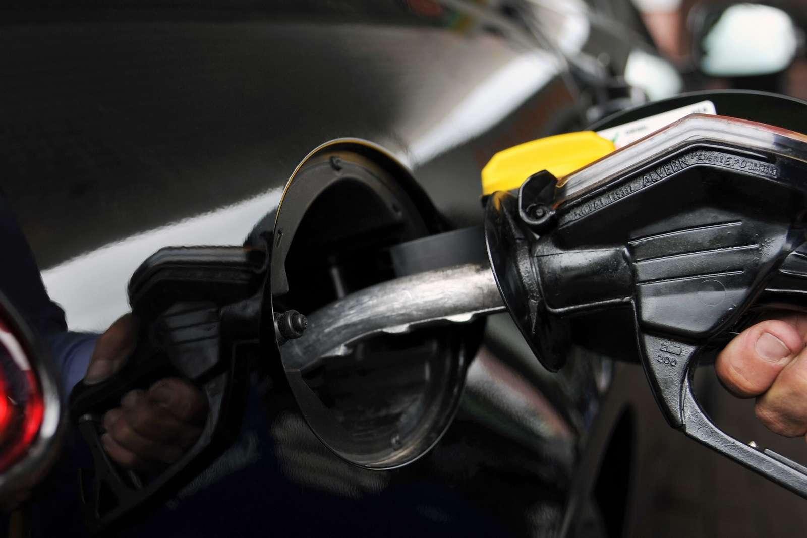 Nowy Jaguar XF diesel rekord czerwiec 2011