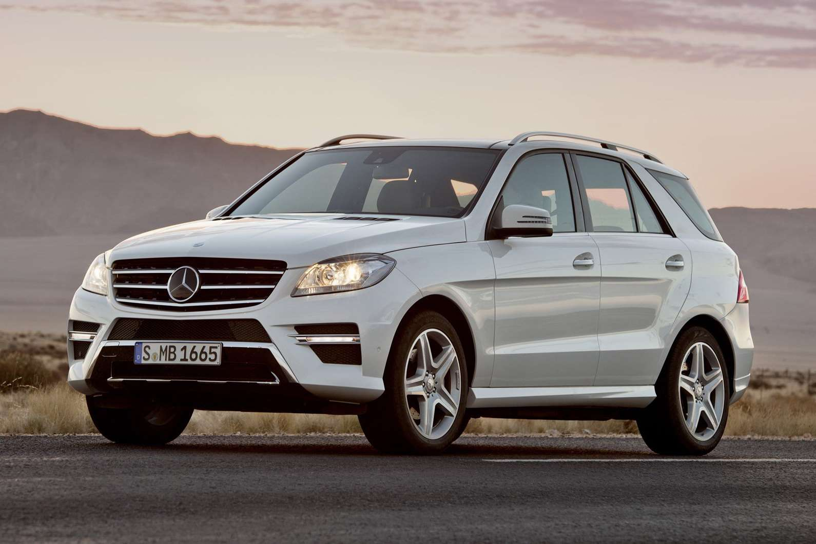 Mercedes ML 2012 first oficiall photo czerwiec 2011