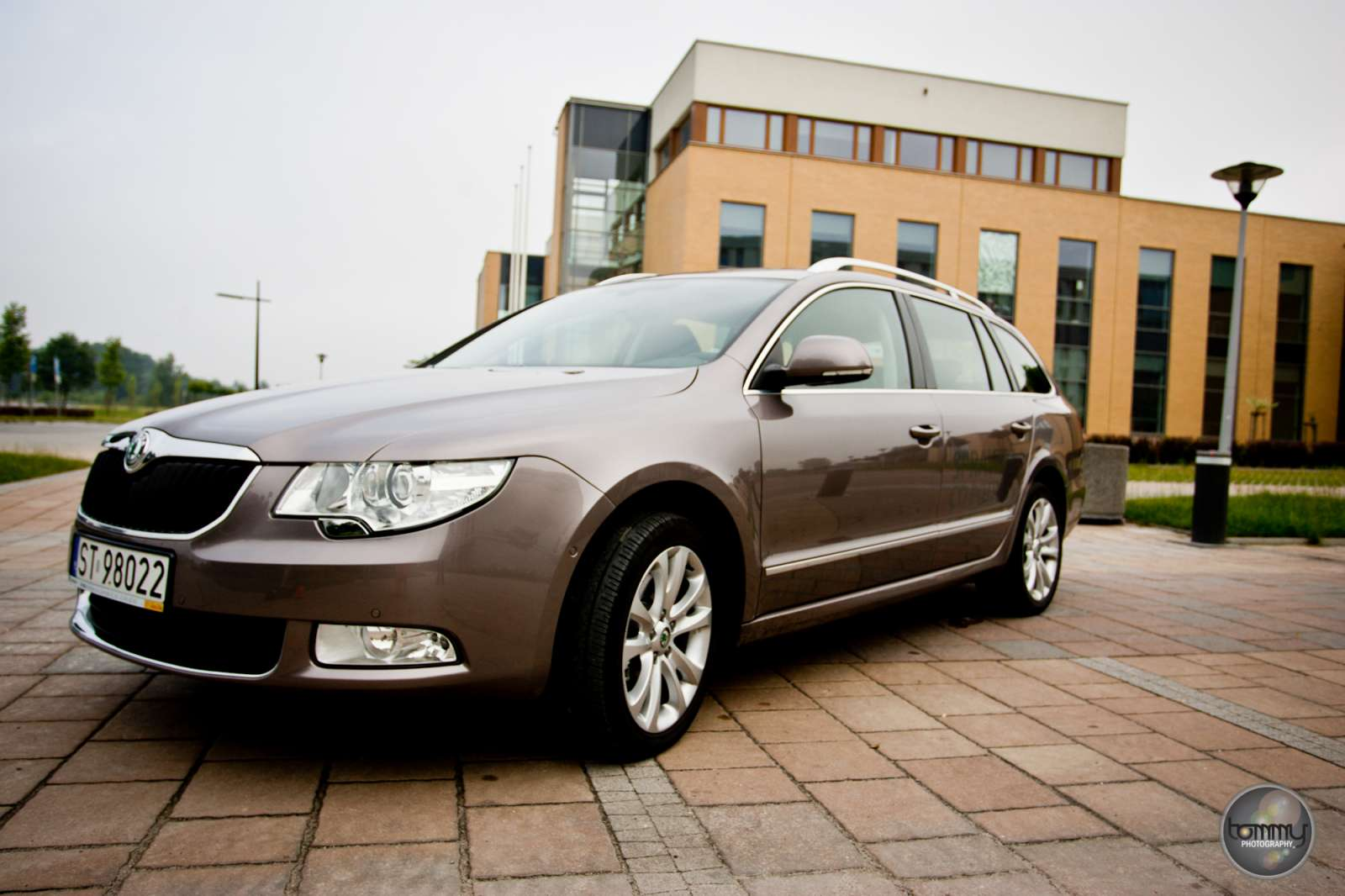 czeski weekend skoda superb platinum 2 0 tdi 170 km test motofilm. Black Bedroom Furniture Sets. Home Design Ideas