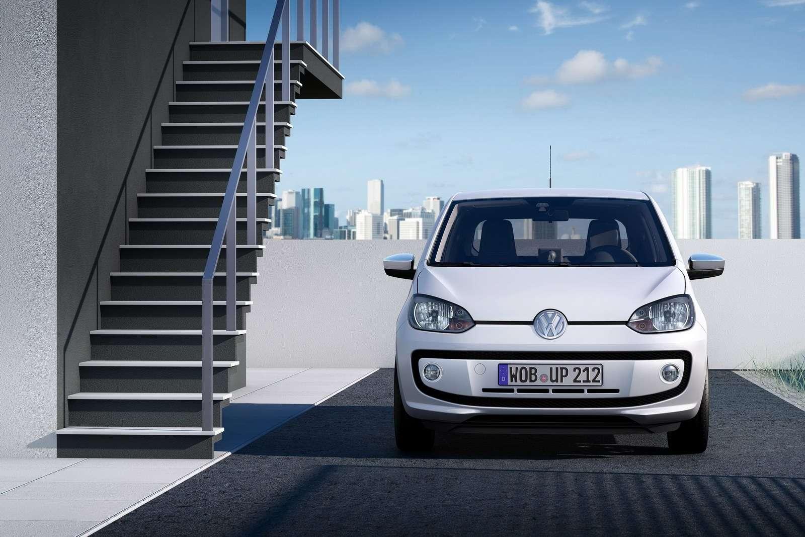 Volkswagen Up oficjalnie fot sierpien 2011