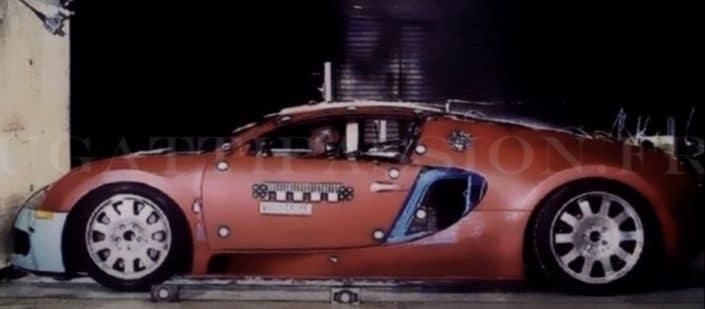 Bugatti Veyron: crash test