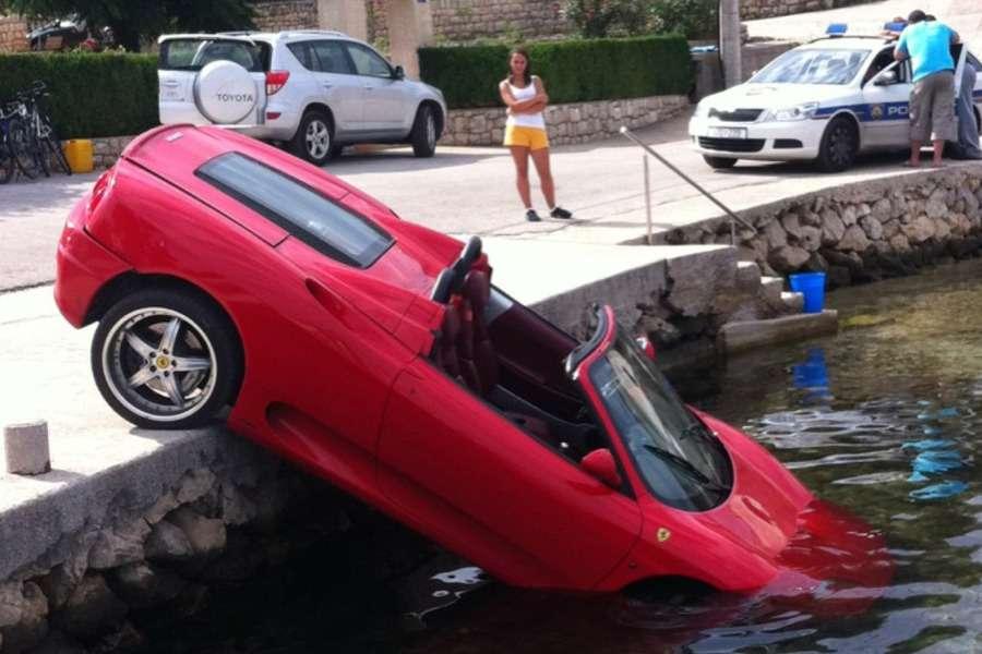 Ferrari 360 Modena crash pag chorwacja sierpien 2011