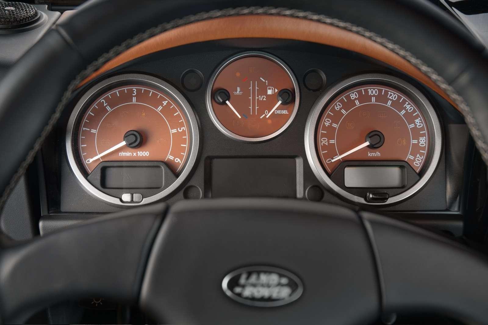 Land Rover Defender oligarcha z rosji vilner sierpien 2011