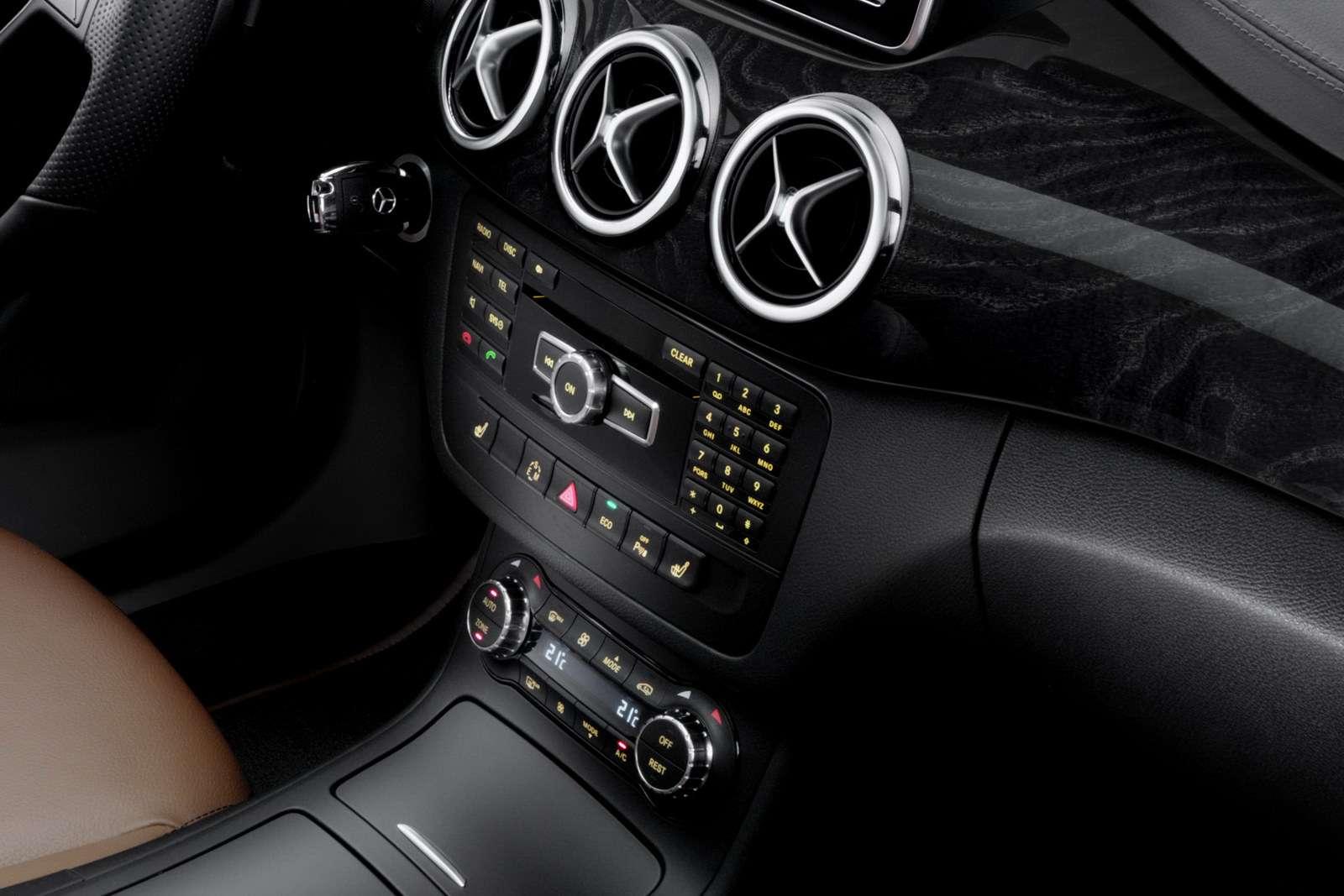 2012 Mercedes klasy B pierwsze fot sierpien 2011