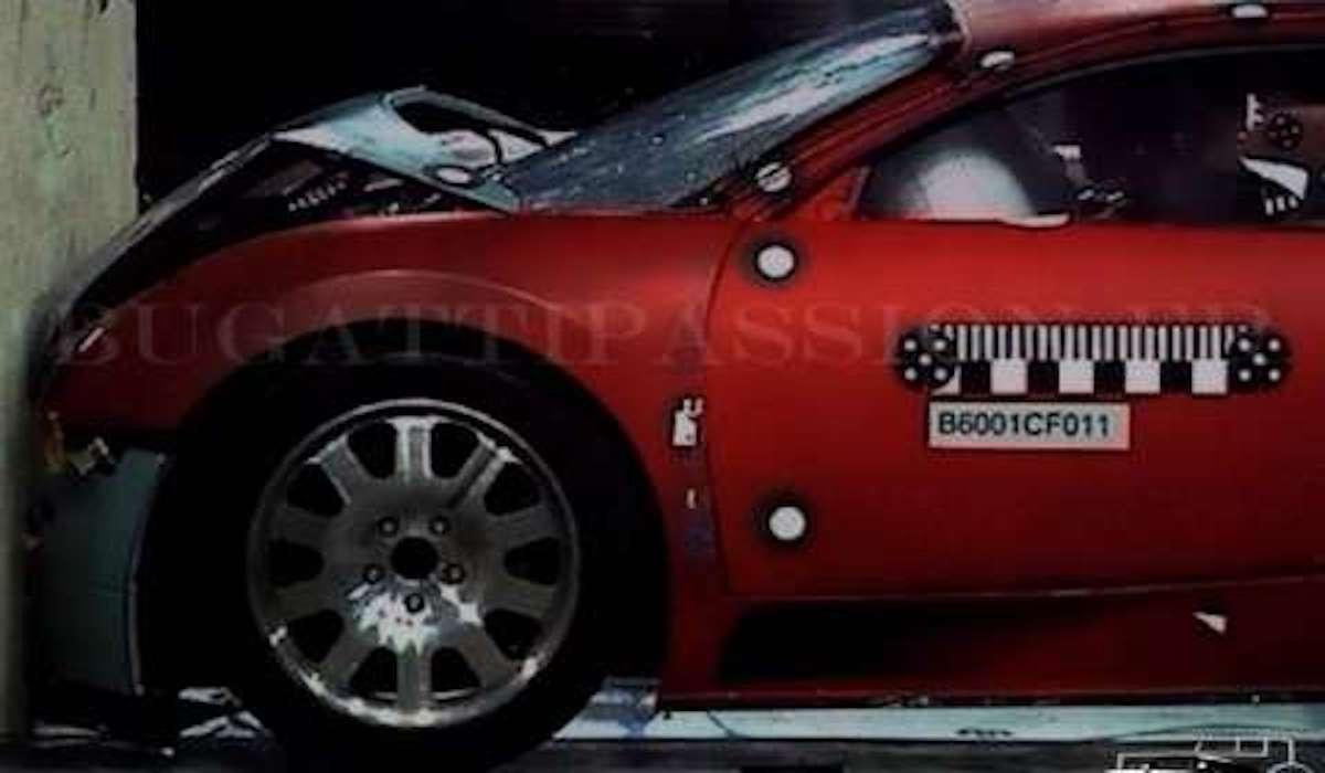 Bugatti Veyron (crash test): test zderzeniowy