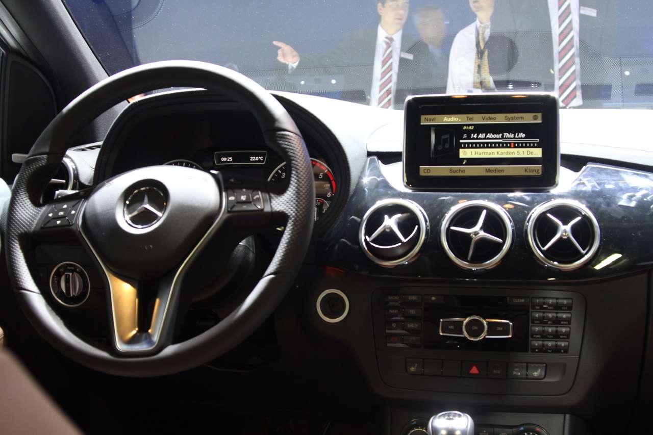 Mercedes klasy B frankfurt 2011 fot wrzesien 2011