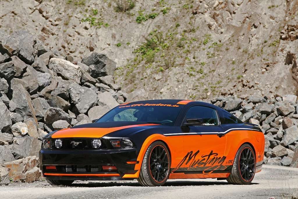 2011 Ford Mustang by Design-World fot wrzesien 2011