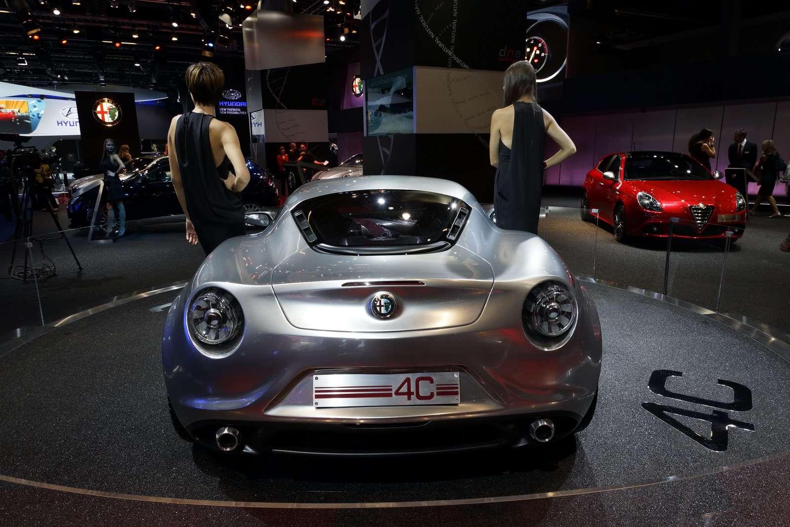 Alfa Romeo Concept 4c frankfurt wrzesien 2011