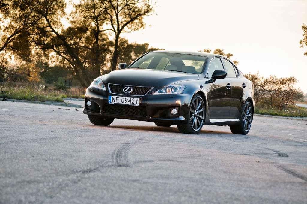 Lexus IS-F 5,0 V8 423 KM