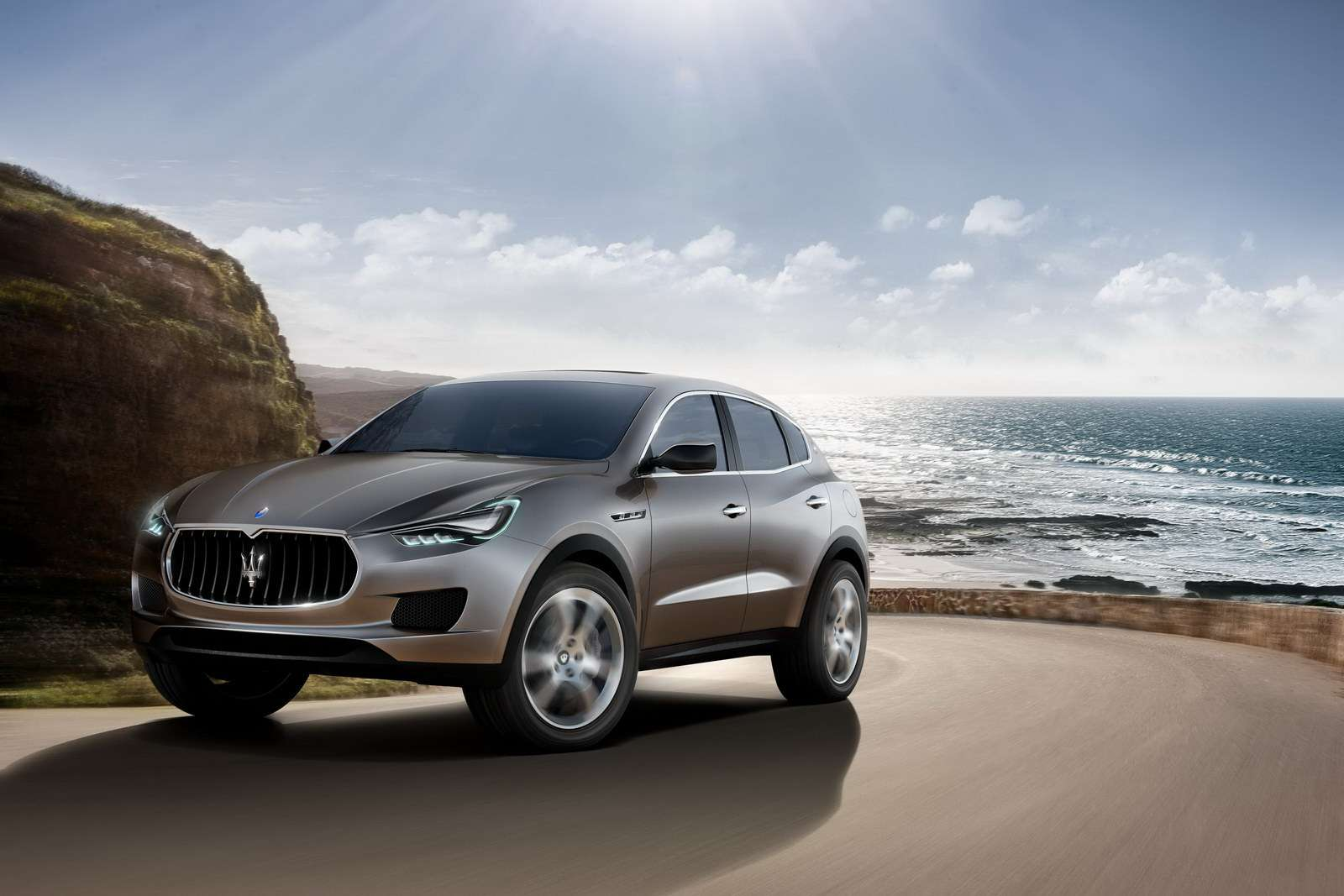 Maserati Kubang SUV first photo wrzesien 2011