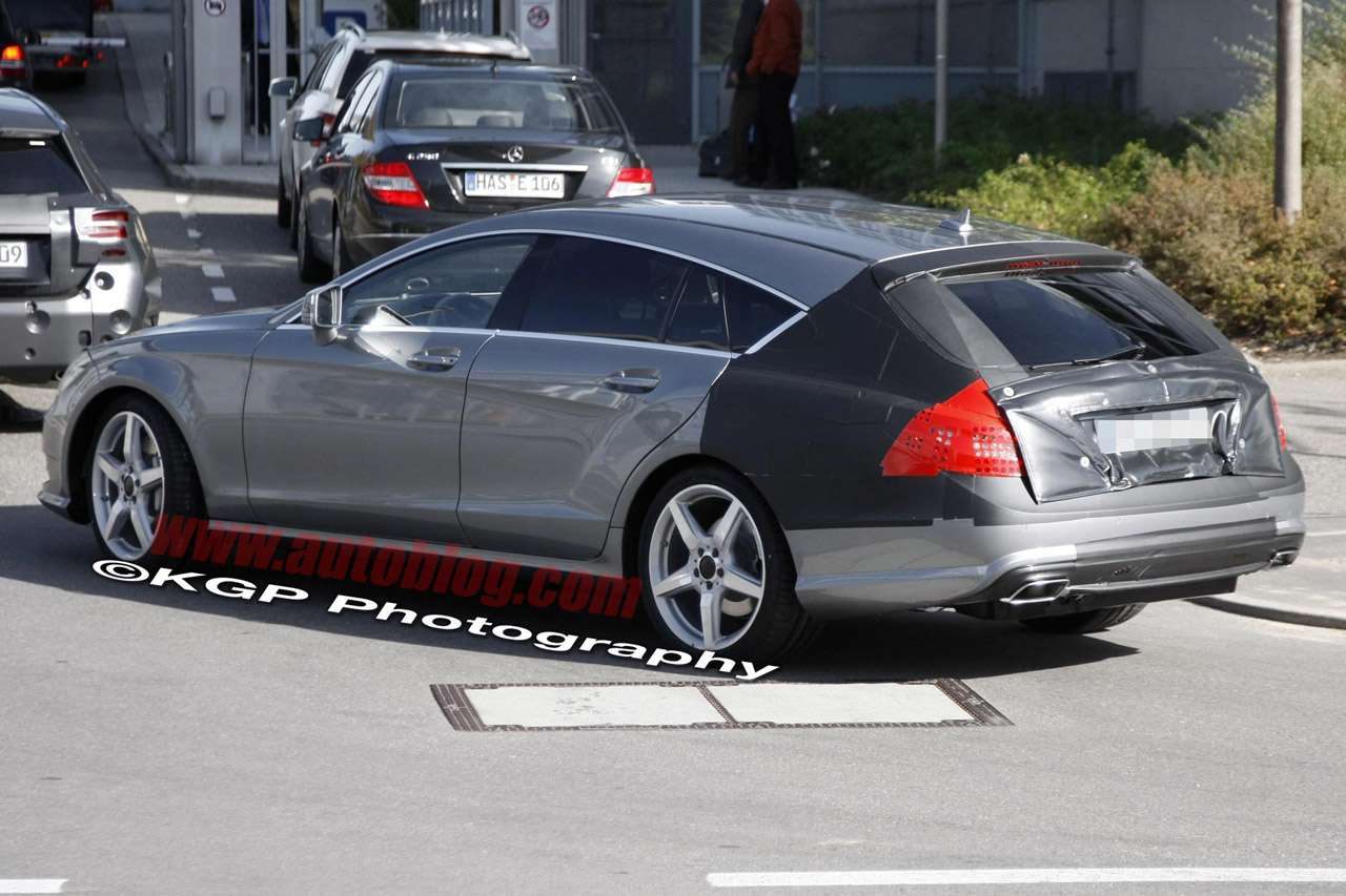 Mercedes-Benz CLS Shooting Brake fot pazdziernik 2011