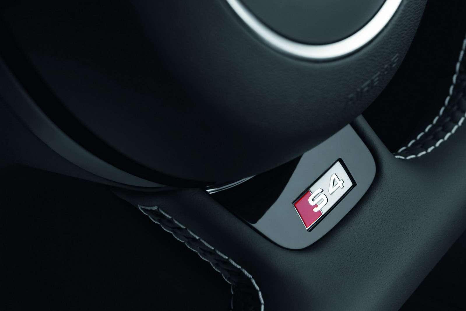 Audi A4 S4 2013 MY fot pazdziernik 2011