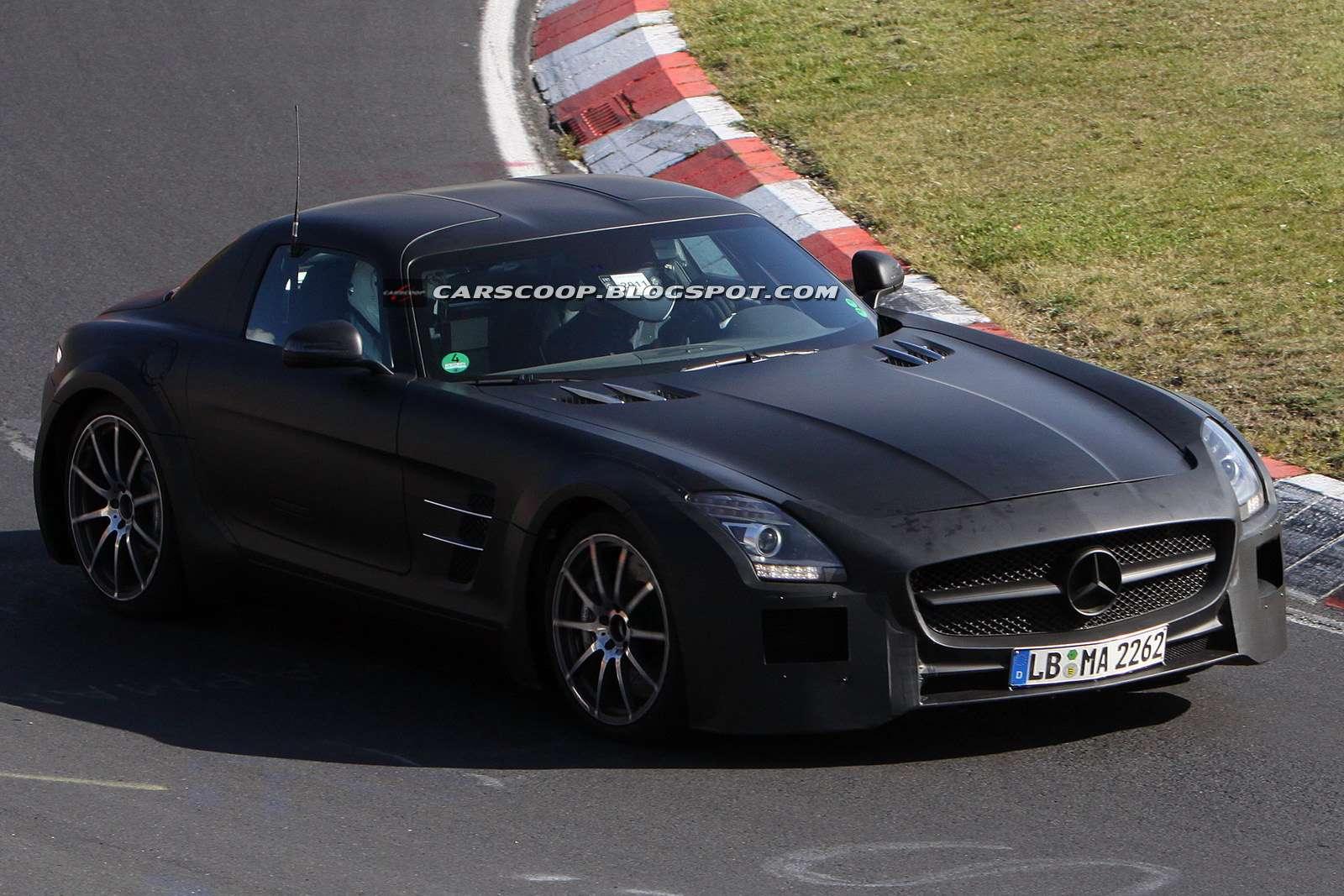 Mercedes-Benz SLS AMG Black Series szpieg fot pazdziernik 2011