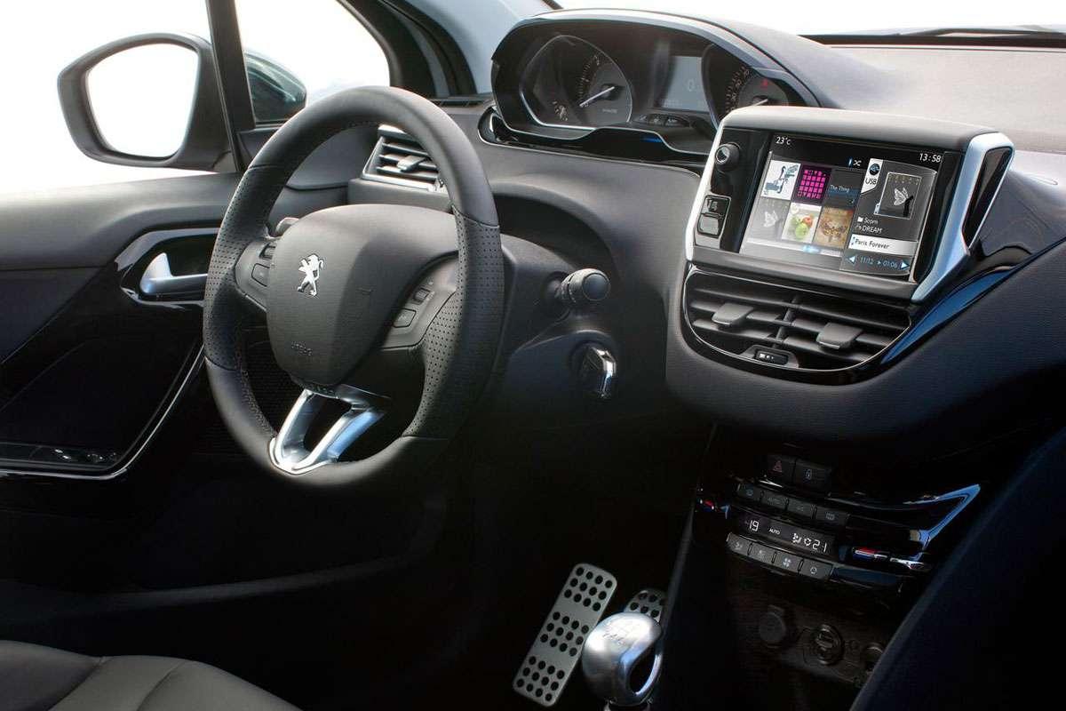 Peugeot 208 pierwsze foty listopad 2011