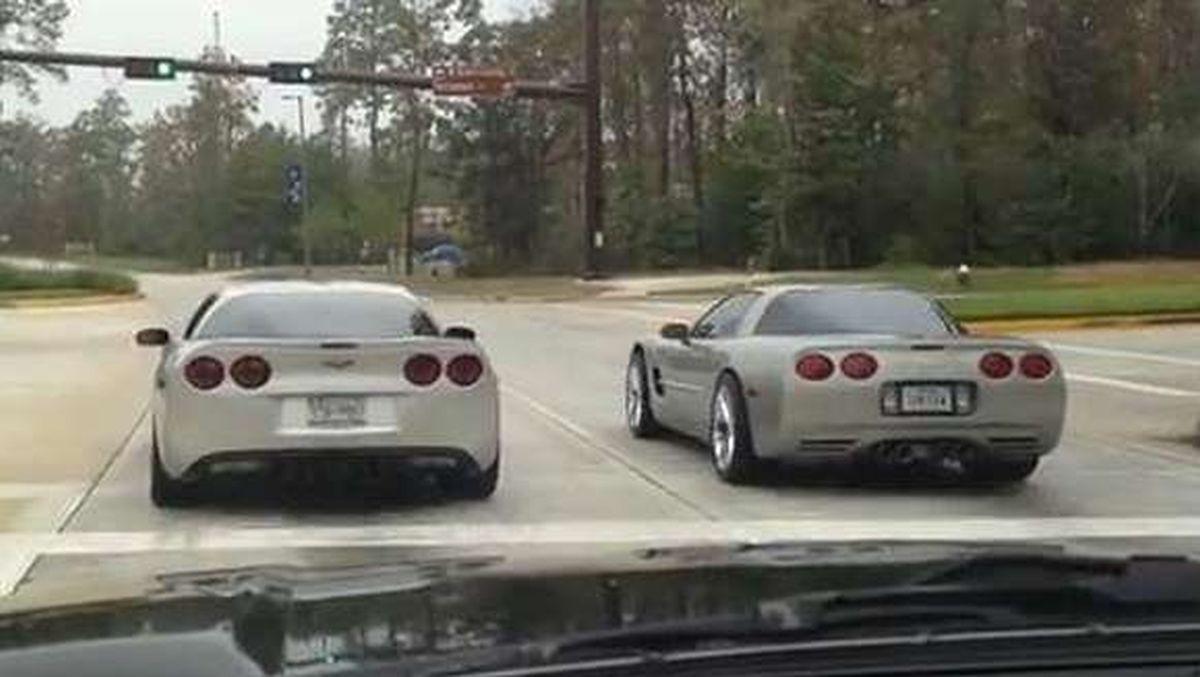 Pojedynek Corvette C5 i C6: drag ze świateł