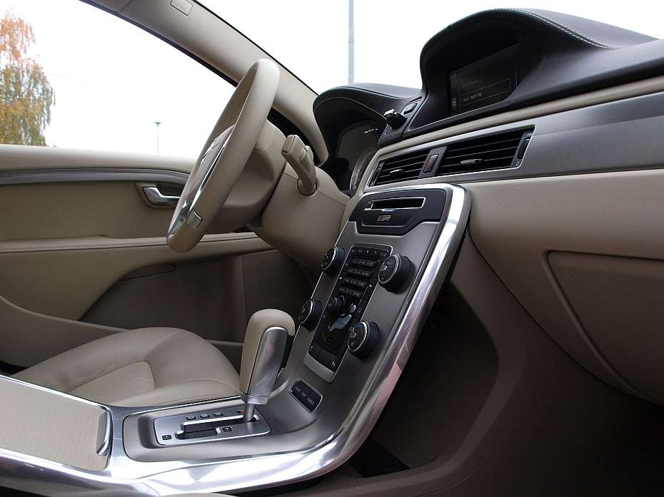 Volvo S80 D5 Executive test listopad 2011