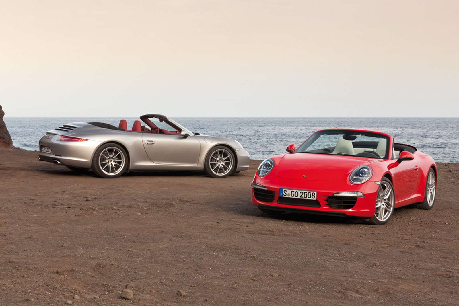 Porsche 911 Carrera Cabrio fot listopad 2011