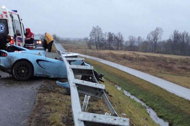 Lotus Elise Club racer prasowka crash grudzien 2011