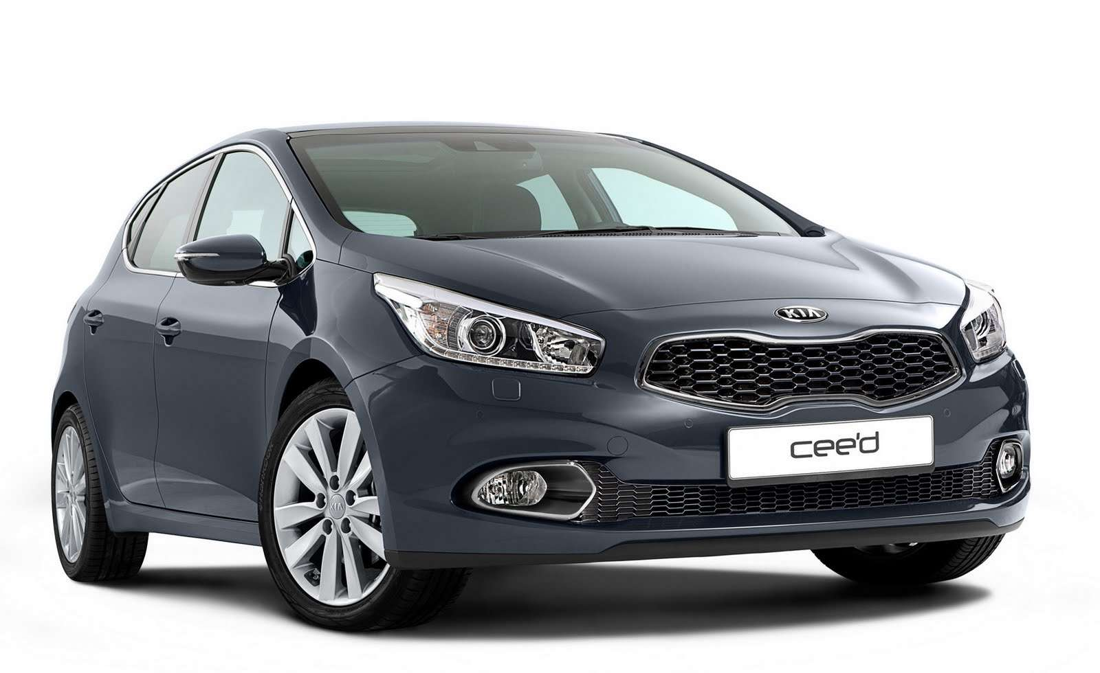 Kia ceed first photo officcial styczen 2012